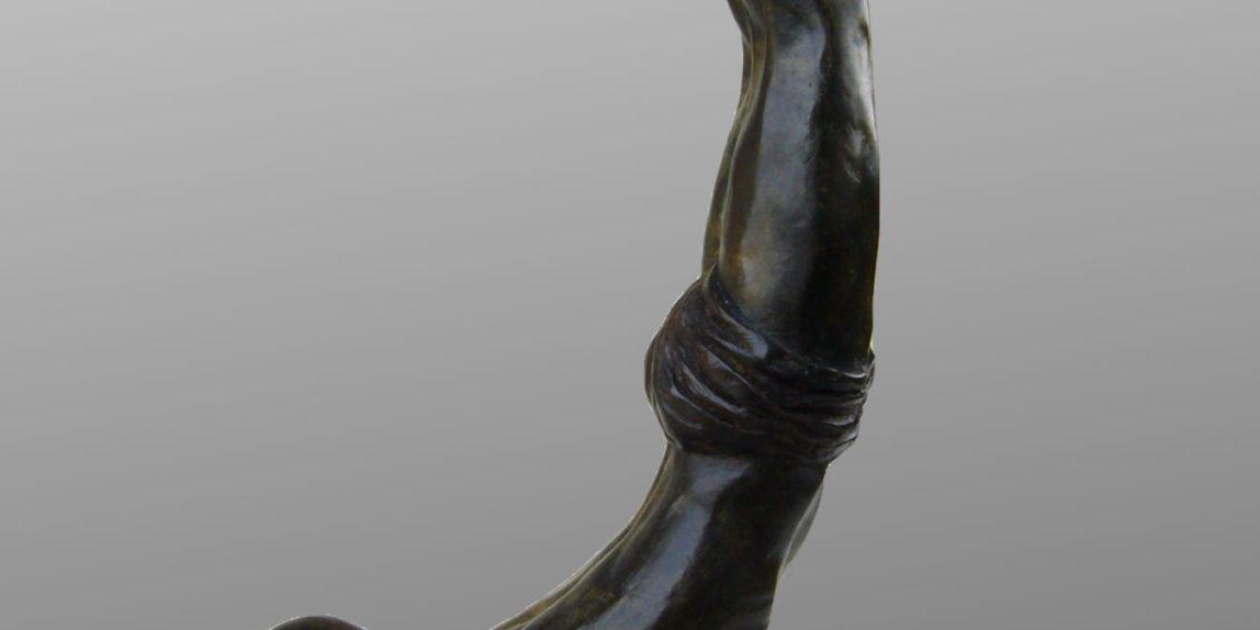 krishnamacharya - pincha-mayurasana - bronze